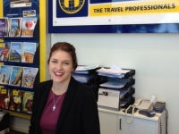 2 - Hollie Auret Travel Agent