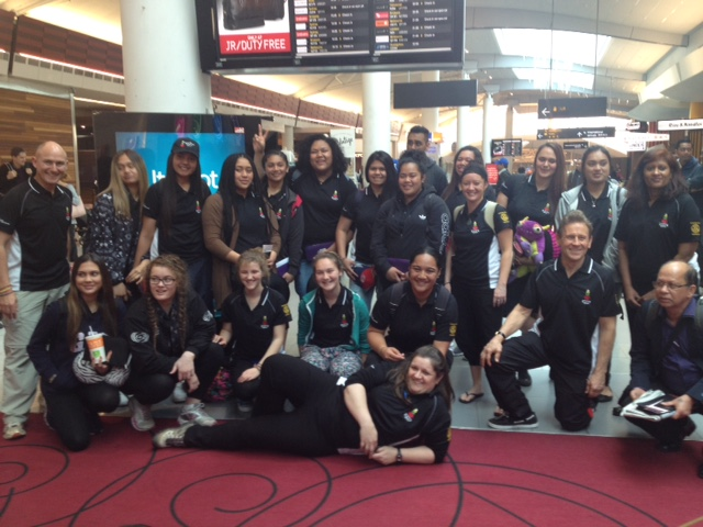 Mel (2nd from the right) and students from Manurewa High School at Auckland International Airport
