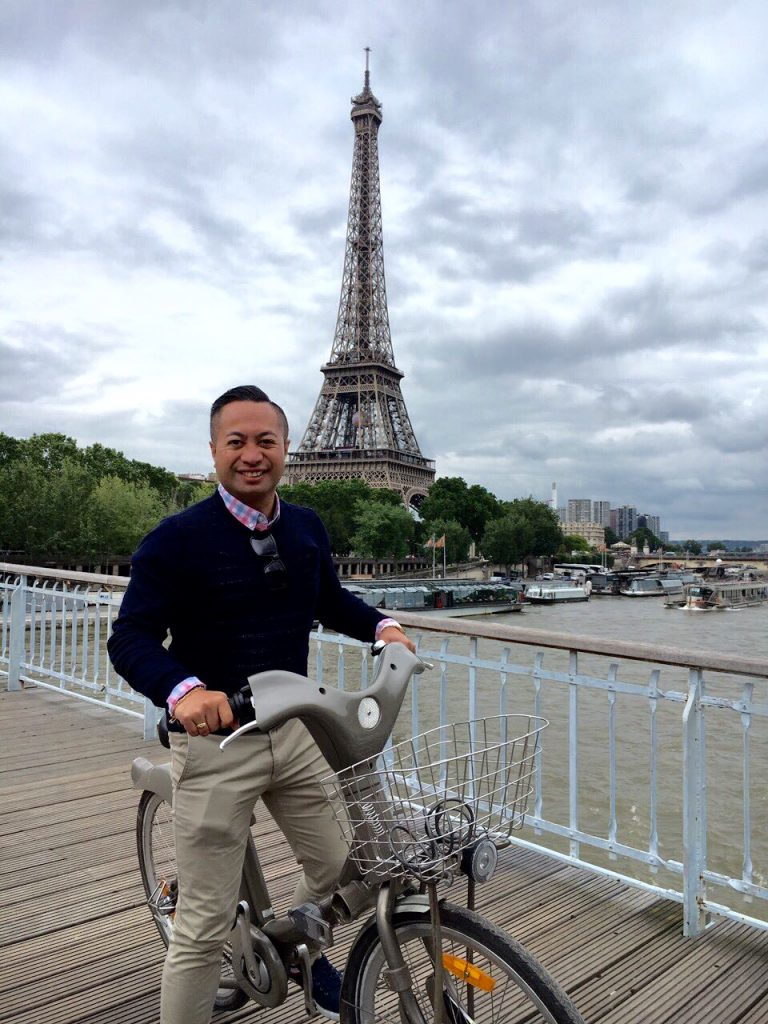 ITC's new short course tutor, Daniel Maine, enjoying a holiday in Paris.